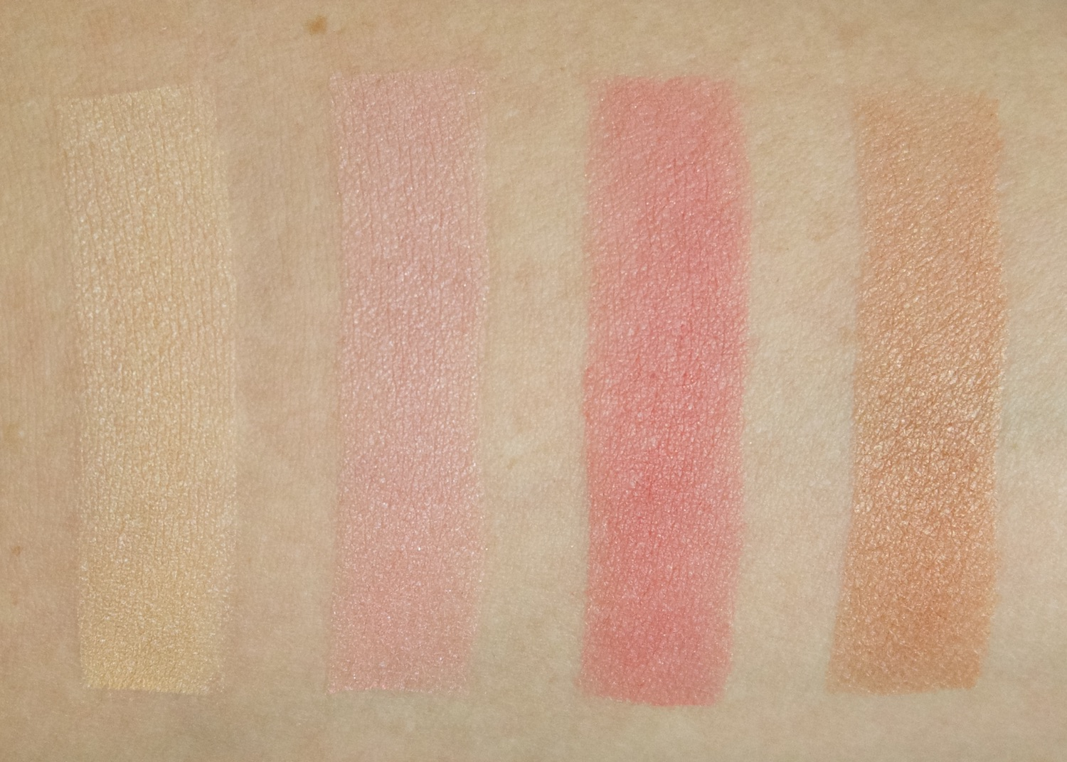 By Terry Brightening CC Palette Sunny Flash